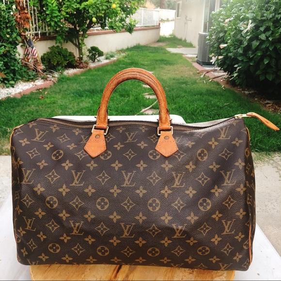 8fadffd5195a Louis Vuitton Handbags - Louis Vuitton speedy 40 monogram top handle bag